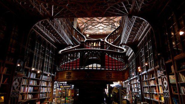 (foto) Cele mai comode biblioteci văzute cu ochii unui bibliofil