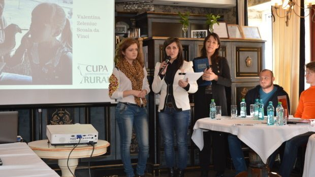 Tinerii afaceriști din zona rurală luptă pentru o vizită de lucru în Estonia
