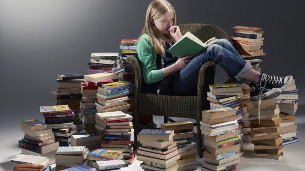 12 cărți artistice care te vor ajuta să-ți îmbunătățești engleza