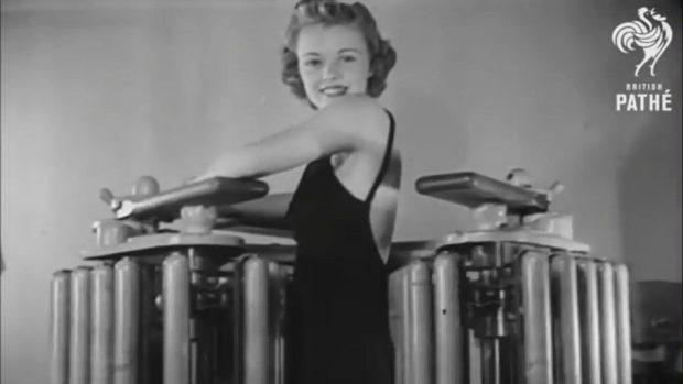 (video) Cum îşi tonificau musculatura femeile din perioada celui de-al Doilea Război Mondial