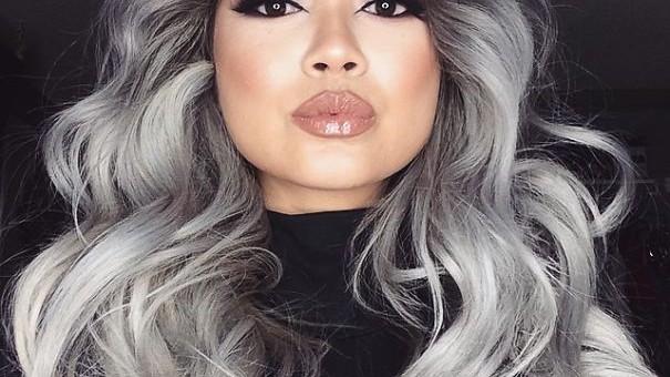 (foto) Părul cărunt – noul trend în materie de hairstyle