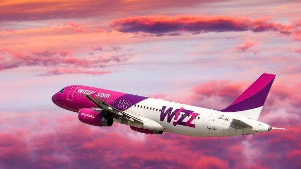 Wizz Air permite clienților să-și modifice gratuit numele după cumpărarea unui bilet