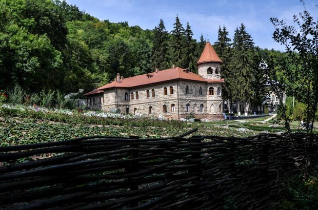 10-manastirea-rudi