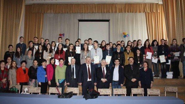 Cei mai buni elevi din Moldova la istorie sunt din Bălți, Ialoveni și Edineț