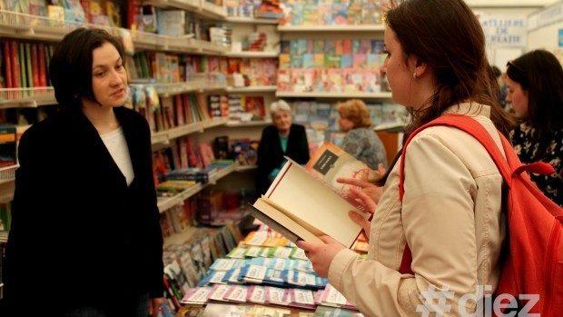 (foto) Ce opere poți descoperi la Salonul Internaţional de Carte