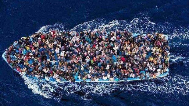 (video) O navă cu până la 700 de imigranți la bord a naufragiat în Marea Mediterană