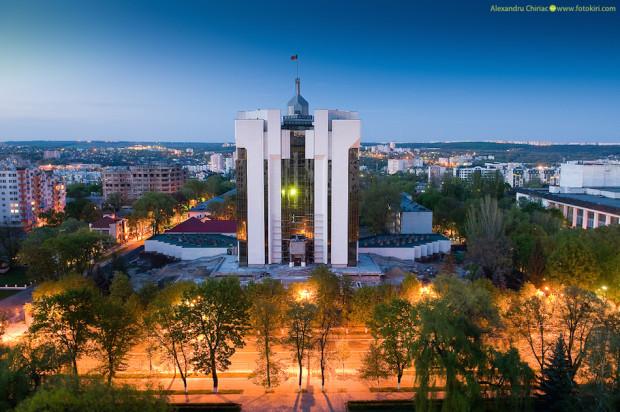 chisinau-by-night-kiri-photography-26