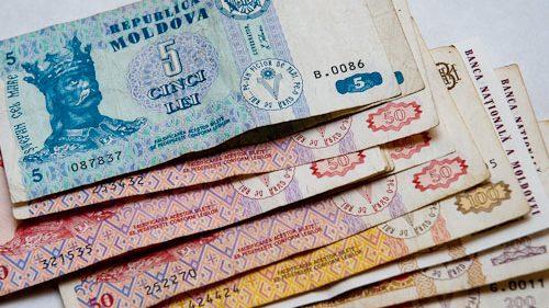 Manatul azer şi leul moldovenesc – cele mai rezistente valute în spaţiul ex-sovietic