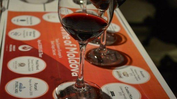 """(foto) Americanii despre vinul moldovenesc: """"Este cel mai bine ascuns secret al Europei vinicole"""""""