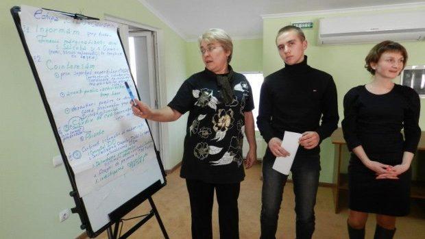 Tinerii pot participa la o școală de vară la Vadul lui Vodă