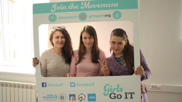 9 sfaturi cum să creezi prezentări originale de la mentorii Girls in ICT Day