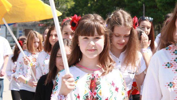 (foto) Ziua cămășii tradiționale ucrainene a fost sărbătorită la Chișinău