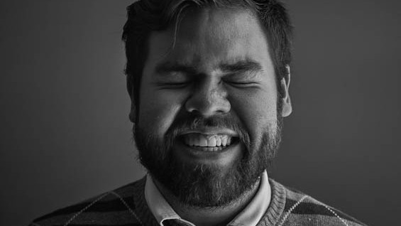 (foto) Portrete nude, doar că dezgolit e fotograful