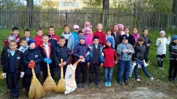 Cum demonstrează copiii din regiunile Moldovei că ocrotesc natura