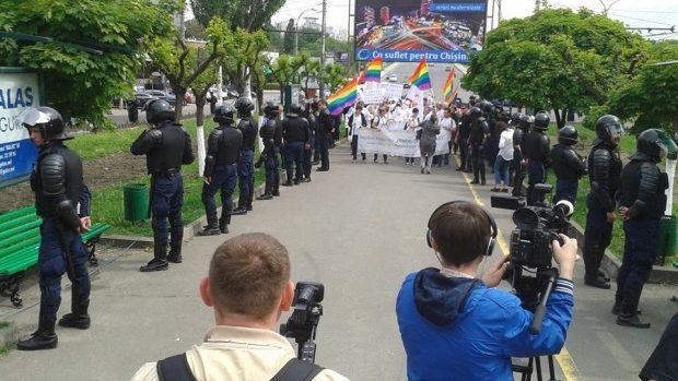Test electoral: 30% din persoane cred că marșurile LGBT trebuie permise la Chișinău