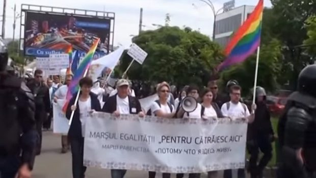 GENDERDOC-M condamnă folosirea homofobiei și transfobiei în spotul PSRM