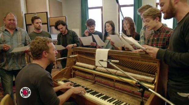 """(video) Coldplay realizează """"Game of Thrones: The Musical"""" împreună cu actorii din serial"""