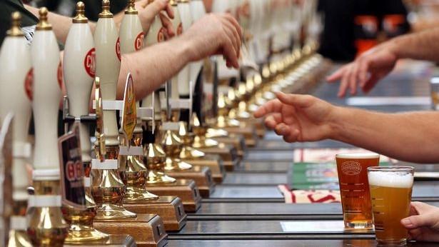 Top 10 festivaluri de bere din Europa la care trebuie să ajungeți