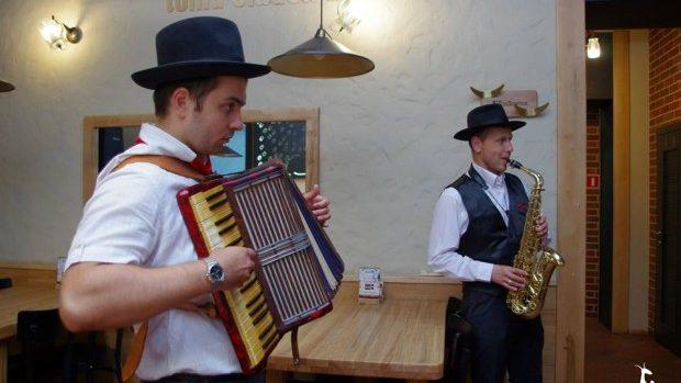 Kozlovna – Sărbătoare, dansuri și veselie în stil cehesc în inima Chișinăului