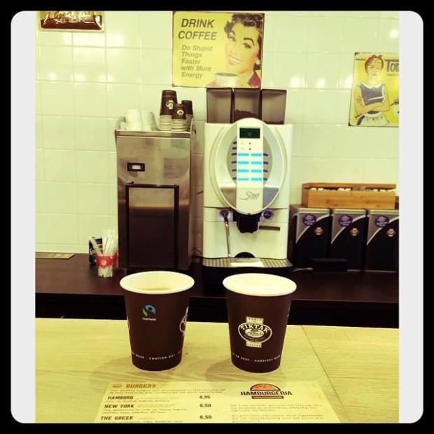 Cafeaua de la Hamburgeria e fairtrade. PC: Hamburgeria.nl