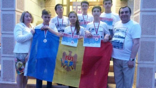 Cinci medalii și o mențiune la Olimpiada Balcanică de Matematică pentru Juniori