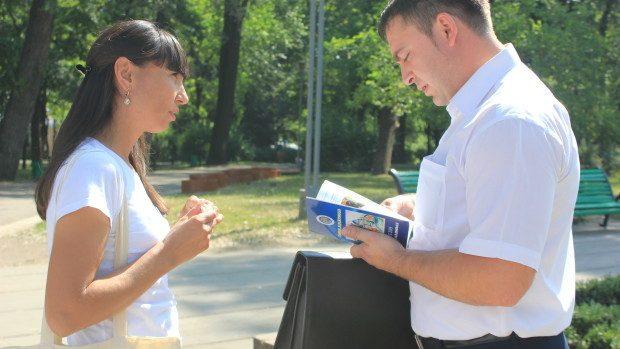 (foto) La Chișinău a avut loc o activitate amplă de informare a cetățenilor privind Alegerile Locale