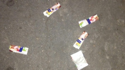 Botanica: Trei tineri reținuți în timp ce consumau droguri într-o mașină