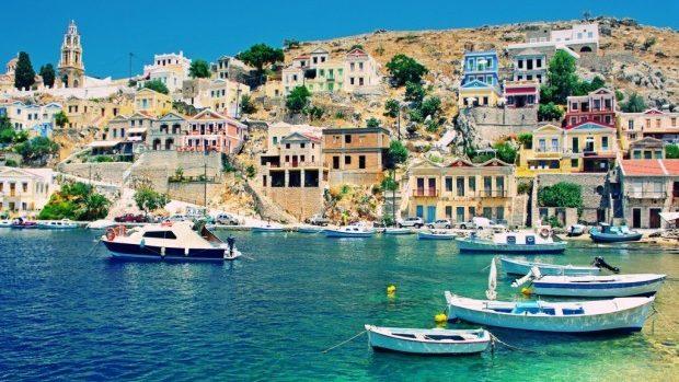 Planifici să pleci în Grecia? Ia cu tine suficienți bani numerar