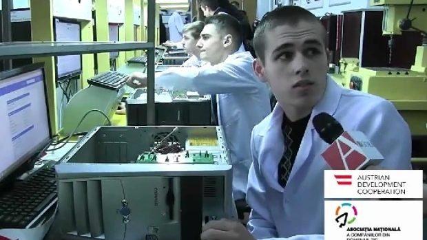 (video) De la o școală profesională la stagiar în una din companiile IT din Chișinău