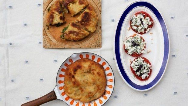 """(foto) The Guardian ne învață să gătim plăcinte moldovenești: """"Rețete aromatizate cu nostalgie"""""""