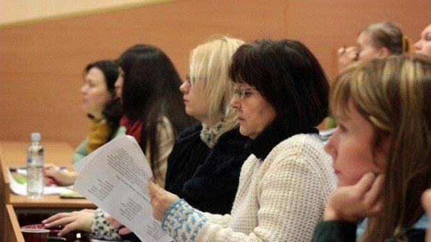 i-Engage – 35 de profesori de engleză vor fi instruiți în utilizarea online-ului
