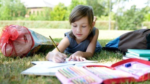Studiază și vara! Iunie ți-a pregătit noi cursuri online gratuite