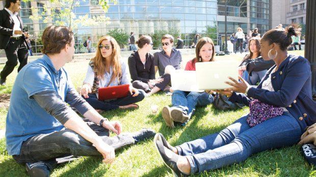 Top 7 aplicații pentru un student la drept