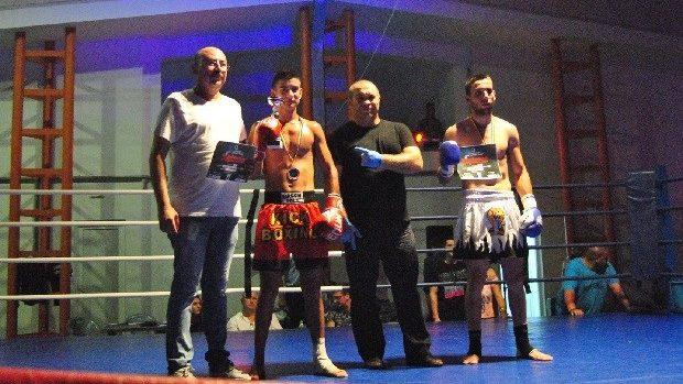 Luptătorii moldoveni de K-1, medaliați cu aur și argint la un turneu în România
