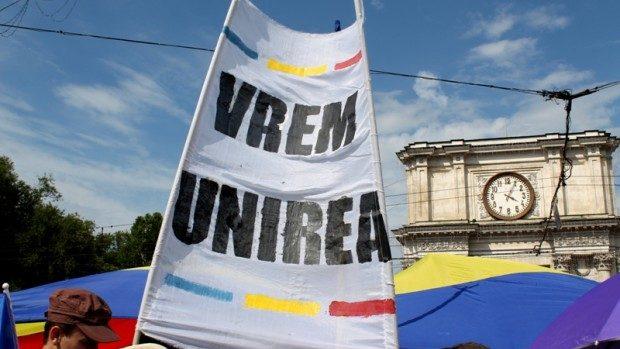 """(foto) """"Vrem Unirea"""": Cum s-a desfășurat Marea Adunare Națională de la Chișinău"""