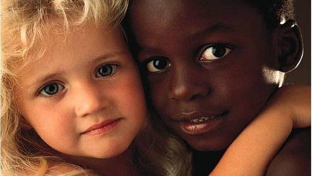Ești sau nu rasist: Treci un test pentru a afla dacă faci discriminare între rase