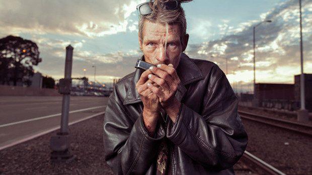(foto) Un fotograf prezintă oamenii fără adăpost într-o lumină nouă