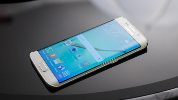 Viitorul este acum cu noile smartphone-uri Samsung S6 și S6 Edge