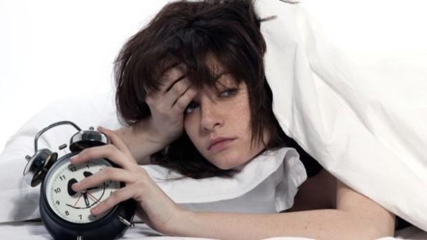 Trucuri care te ajută să te trezești mai ușor dimineața