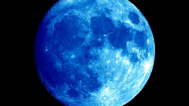 Vineri ne așteaptă un fenomen astronomic inedit: Luna albastră