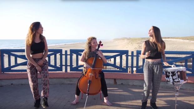 (video) Cele mai populare melodii ale verii 2015 într-un mashup de trei minute și jumătate