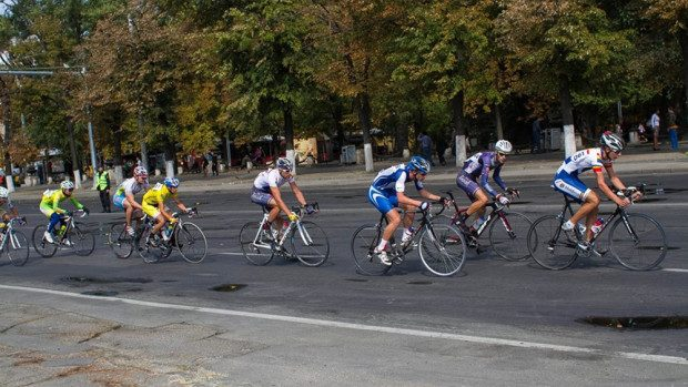 Parcurge 50 de km la cursa de ciclism Chișinău Criterium 2015