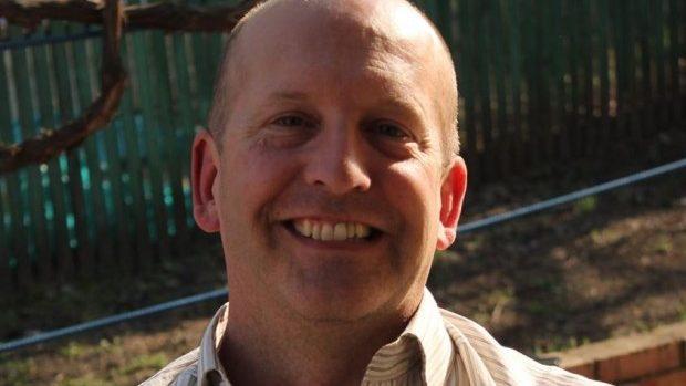 Un american a venit din Kansas în Moldova ca să predea engleza elevilor din Ialoveni