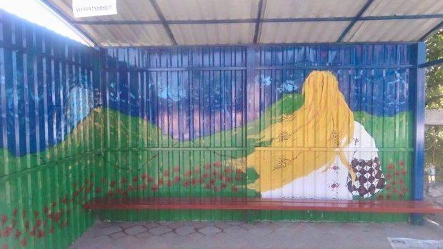 (foto) Încă două Mândre au fost pictate pe stațiile din Ialoveni