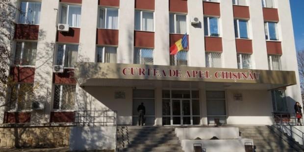 Activitatea magistraților din instanțele din capitală îi nemulțumește pe justițiabili