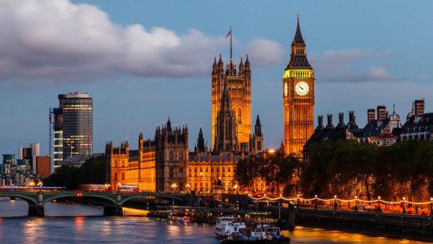 Bursele Chevening – înscrie-te acum la un curs de master în Marea Britanie