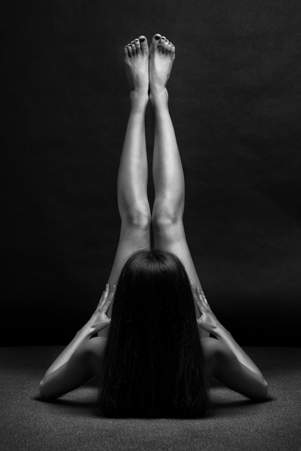 black-and-white-portraits-women-body-bodyscapes-anton-belovodchenko-181