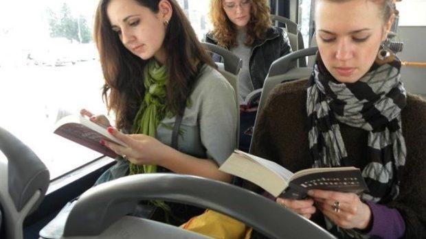 Ai carte, ai parte de transport public gratuit în Chișinău – inițiativa socială care dorește să promoveze cititul