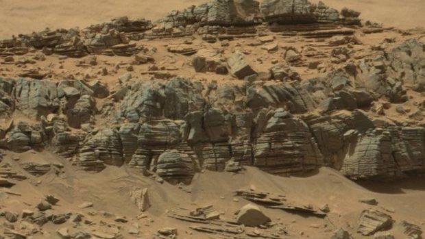 (foto) Pe suprafața planetei Marte au fost descoperite obiecte stranii