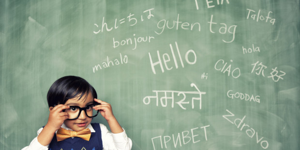 6 canale YouTube unde poți învăța gratuit și interactiv o limbă străină